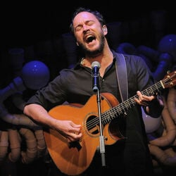 How Dave Matthews Earned His $300 Million Fortune