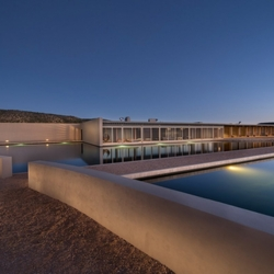 Designer Tom Ford Puts INCREDIBLE $75 Million Ranch Up For Sale