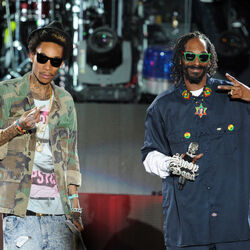 Snoop Dogg And Wiz Khalifa Sued For Crushing Girl's Cheerleader Dreams