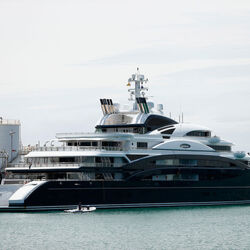 Saudi Prince Buys Russian Billionaire's Yacht, Kicks Him Off The Next Day