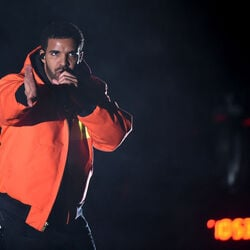 "Drake's ""One Dance"" Is Spotify's Most Streamed Song Of All Time"
