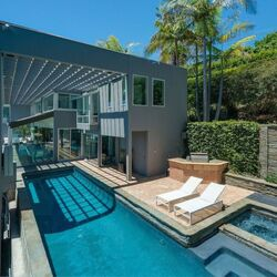 Celeb Homes Hurting On The Real Estate Market
