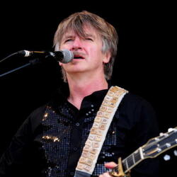 Neil Finn Net Worth