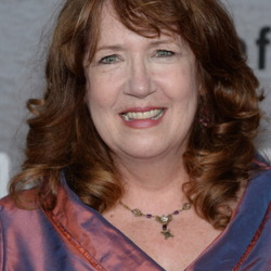 Ann Dowd Net Worth