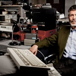 Back In 1998, This Stanford Professor Gave Two Students $100k To Build A Search Engine. Guess How That Turned Out...