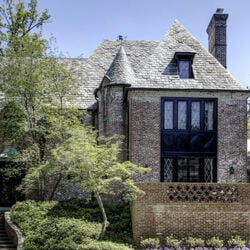 Obama Family's New $7 Million Home Is Just A Few Miles From The White House