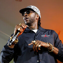 2 Chainz Honoring Homeless Veterans