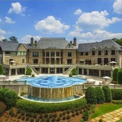 With The Year Over, Here Were The Top 5 Celeb Homes On The Market In 2016