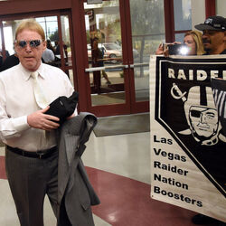 Raiders Still Planning To Move To Vegas With Or Without Sheldon Adelson's Help