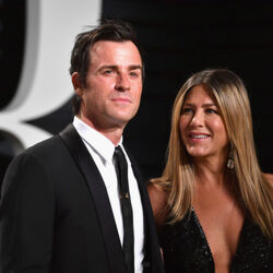 Jennifer Aniston's Oscars Jewelry Cost More Than $10 Million!