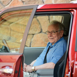 Warren Buffett Has An Interesting Theory About Self-Driving Cars