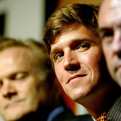 Tucker Carlson Signs Eight-Figure, Two-Book Deal With Publisher