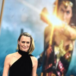 Robin Wright Asked For Equal Pay On 'House of Cards,' Says She Still Hasn't Gotten It