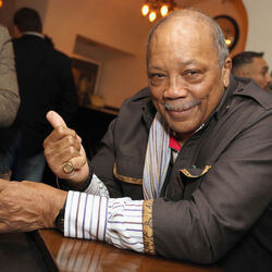 Quincy Jones Is Suing Michael Jackson's Estate For $30 Million!