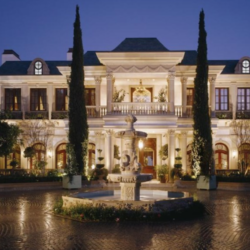 The 10 Largest Homes For Sale In The U.S. Right Now