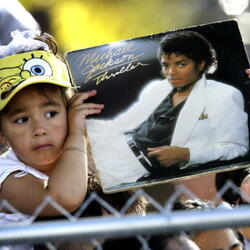 The Model Who Played Michael Jackson's Girlfriend In The Music Video For 'Thriller' Is Suing Jackson's Estate