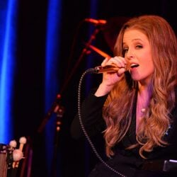 Lisa Marie Presley Is $16 Million In Debt