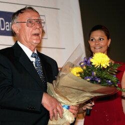 IKEA's Ingvar Kamprad Was Among The Top-Ten Richest People When He Died... What's Going To Happen With His Money?