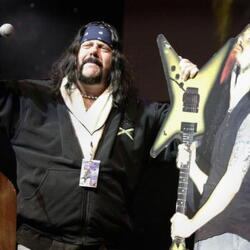 Vinnie Paul Net Worth