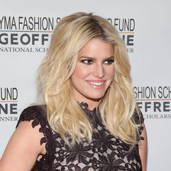 Jessica Simpson Suing Con Men For Scamming Her Family Out Of $12 Million