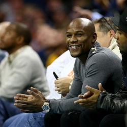 "Floyd Mayweather Shows Off His $18M ""Billionaire's Watch"""