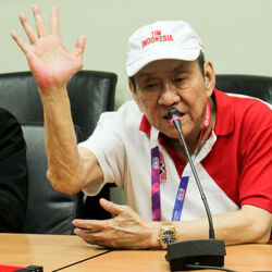 Billionaire Michael Bambang Hartono Wins Asian Games Medal In Bridge