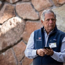 Les Moonves Has Made $650M Working For CBS, Could Be Out With No Severance Now