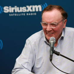 How James Patterson Made His $800 Million Net Worth