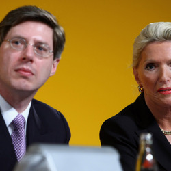 Billionaire Mother And Son Duo Lose HALF Their Net Worth In The Last 12 Months