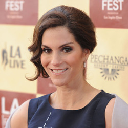 How Jami Gertz Earned Her $2 Billion Net Worth