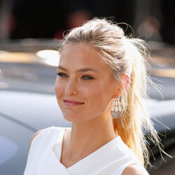 Supermodel Bar Refaeli Suspected Of Tax Evasion By Israeli Authorities