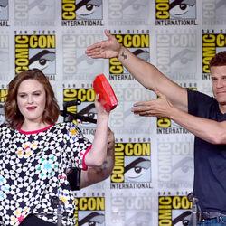 Emily Deschanel And David Boreanaz Win $179 Million From Fox Over Bones Streaming Royalties