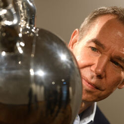 Jeff Koons' Rabbit Sculpture Sells For Record $91 Million