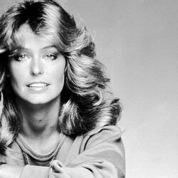How Much Did Farrah Fawcett Make Off Her Famous Poster? Hint - A LOT!
