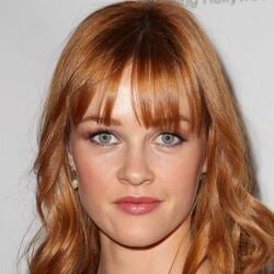 Ambyr Childers Net Worth