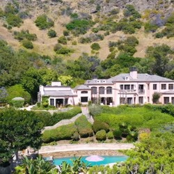 The Former Home Of Kelsey Grammer And Camille Meyer Listed For Almost $20 Million