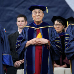 """Billionaire Denny Sanford Donates $100 Million To Study """"Empathy And Compassion"""" After Meeting With The Dalai Lama"""