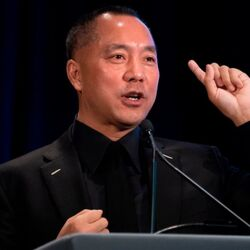 "Chinese Billionaire Fugitive Guo Wengui Sues CNN For $50 Million For Calling Him A ""Spy"""