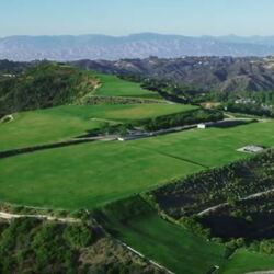 """Listed A Year Ago For $1 BILLION - """"The Mountain Of Beverly Hills"""" Just Sold For $100,000. That's Not A Typo. What Happened?"""