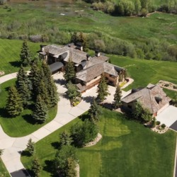 """The Former Home Of The Cookie World's Famous """"Mrs. Fields"""" Is Up For Sale At $45 Million"""