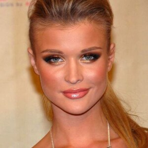 Joanna Krupa Net Worth