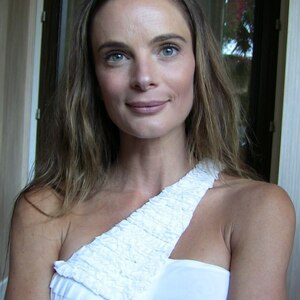 Gabrielle Anwar Net Worth
