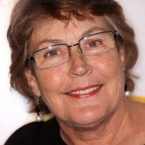 Helen Reddy Net Worth