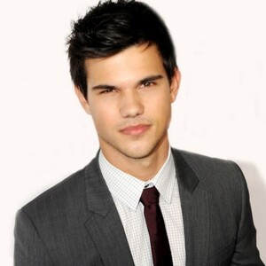 Taylor Lautner Net Worth