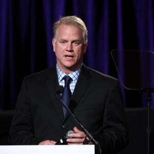 Boomer Esiason Net Worth