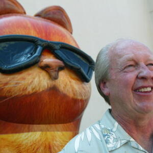 Jim Davis Net Worth