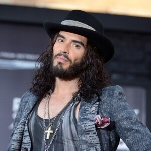 russell brand net worth celebrity net worth. Black Bedroom Furniture Sets. Home Design Ideas