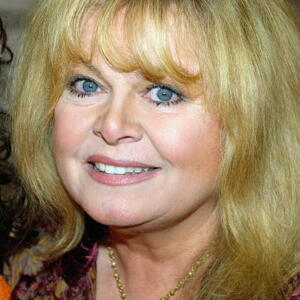 Sally Struthers Net Worth