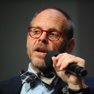 Alton Brown Net Worth
