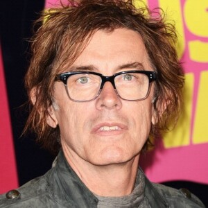 Tom Petersson Net Worth